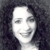Linda Stein Square Headshot